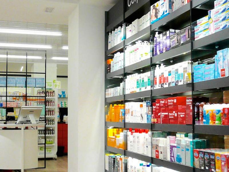 Expositor farmacia Mateu