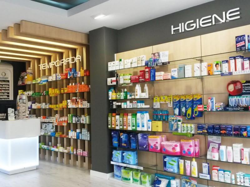 Expositores farmacia Galicia Castrelos Stocklight
