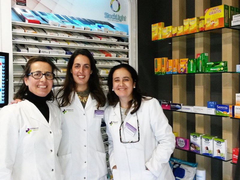 Equipo farmacia Galicia Castrelos Stocklight