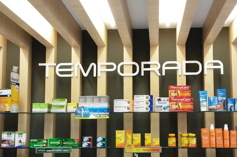 Expositor farmacia Galicia Castrelos Stocklight