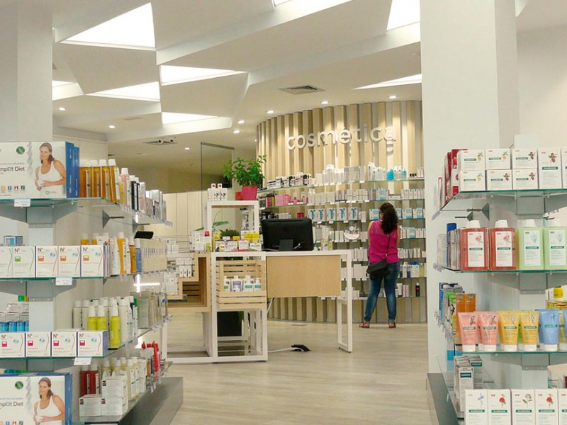 Góndola farmacia COR