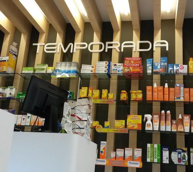 Mostrador farmacia Galicia Castrelos Stocklight